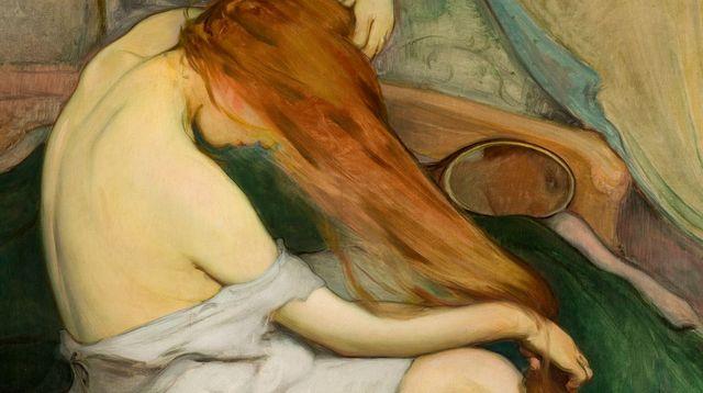 Femme peignant ses cheveux (1897), par Wladyslaw Slewinski (exposition La Toilette. Naissance de l'intime). J. SWIDERSKI/STUDIO PHOTOGRAPHIQUE DU MUSÉE NATIONAL DE CRACOVIE